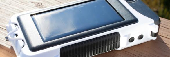 solar power smartphone